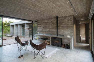 Дерево на бетон купить краситель для бетона коричневый