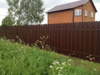 Забор между участками